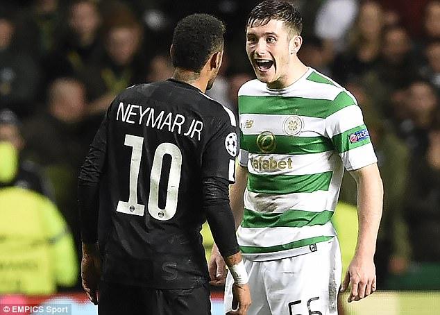 Bị hậu vệ Celtic cười nhạo, Neymar phản ứng không ngờ - Ảnh 1.