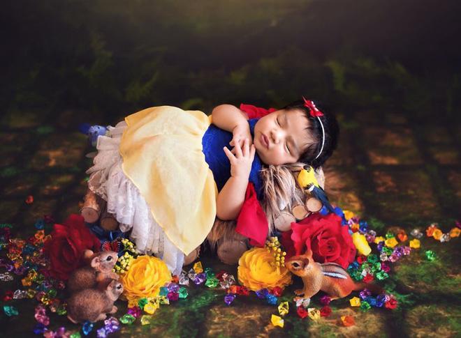 Bộ ảnh đẹp lung linh của các bé sơ sinh vào vai công chúa Disney - Ảnh 1.