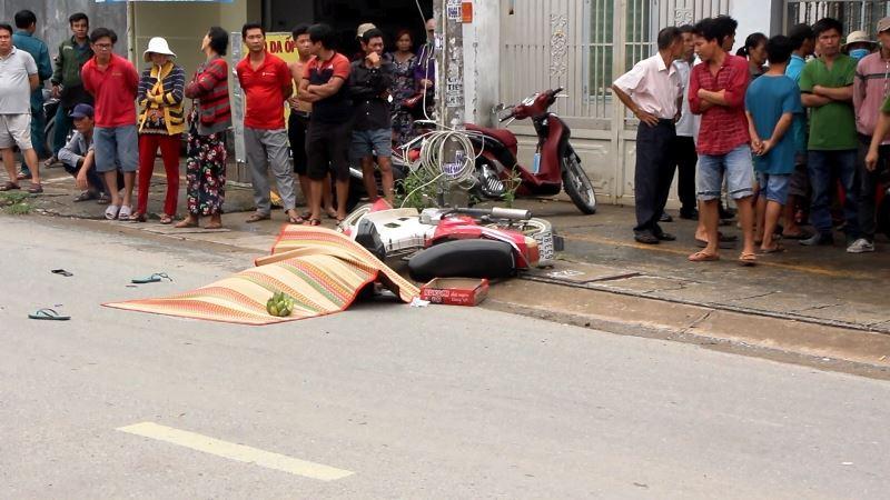 TP. HCM: Cô gái trẻ tử vong thương tâm dưới bánh xe tải - Ảnh 2.