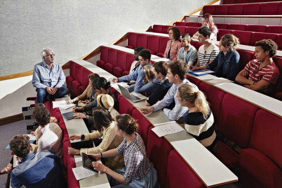 Những tâm tư mà giảng viên nào cũng muốn sinh viên thấu hiểu - Ảnh 1.