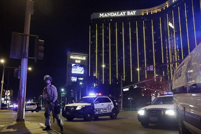 Ảnh: Góc bắn hiểm hóc của sát thủ vụ xả súng đẫm máu nhất nước Mỹ - Ảnh 2.