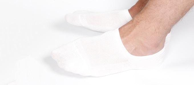 Thổi bay nỗi lo hôi chân với đôi tất khử mùi toàn năng - Ảnh 3.