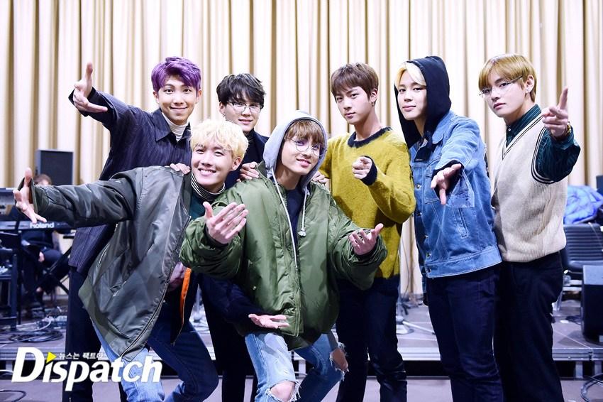 Kỉ lục bán đĩa của BTS giờ đã lên hàng huyền thoại Kpop - Ảnh 1.