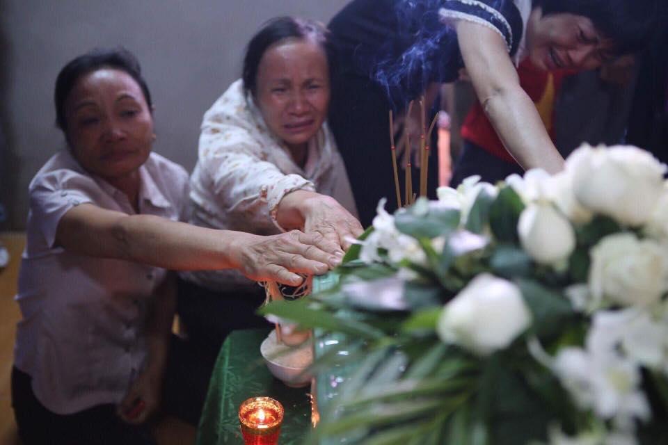 Nghẹn ngào nước mắt trước hoàn cảnh của gia đình Đinh Hữu Dư - phóng viên tử nạn khi tác nghiệp trong trận lũ quét - Ảnh 7.