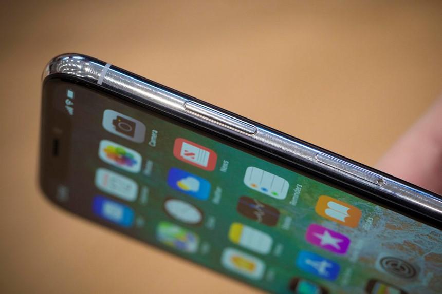 Sản xuất 10 máy hỏng 9, đừng hỏi tại sao iPhone X sẽ rất khó mua trong năm nay - Ảnh 2.