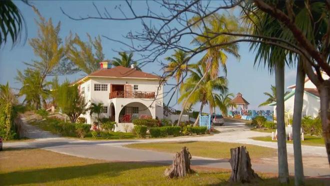 Bahamas mở resort chỉ phục vụ khách ngoại cỡ, du khách béo phì từ châu Âu ùn ùn kéo sang - Ảnh 2.