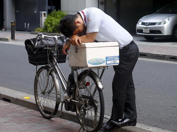 Vấn nạn nhức nhối đằng sau những cái chết vì trung thành tuyệt đối ở Nhật Bản - Ảnh 1.