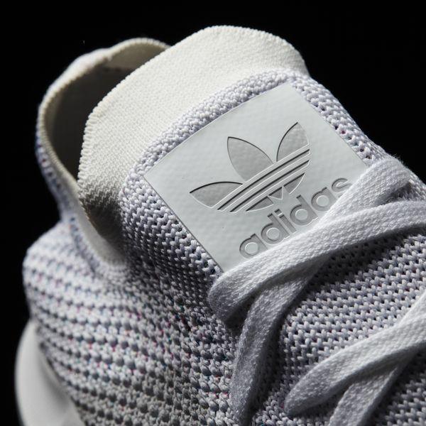 Hãy tặng 5 mẫu sneakers siêu thoáng này cho ông bạn có bàn chân rau mùi - Ảnh 3.