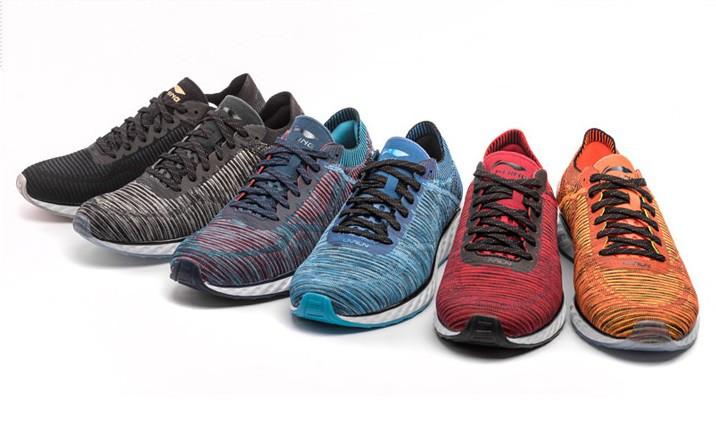 Hãy tặng 5 mẫu sneakers siêu thoáng này cho ông bạn có bàn chân rau mùi - Ảnh 13.