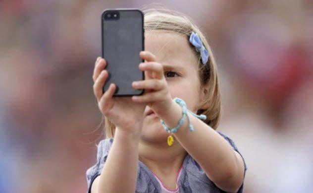 10 nguy cơ cho thấy đại dịch smartphone đang dần gặm nhấm và xâm chiếm hết Trái Đất rồi - Ảnh 6.