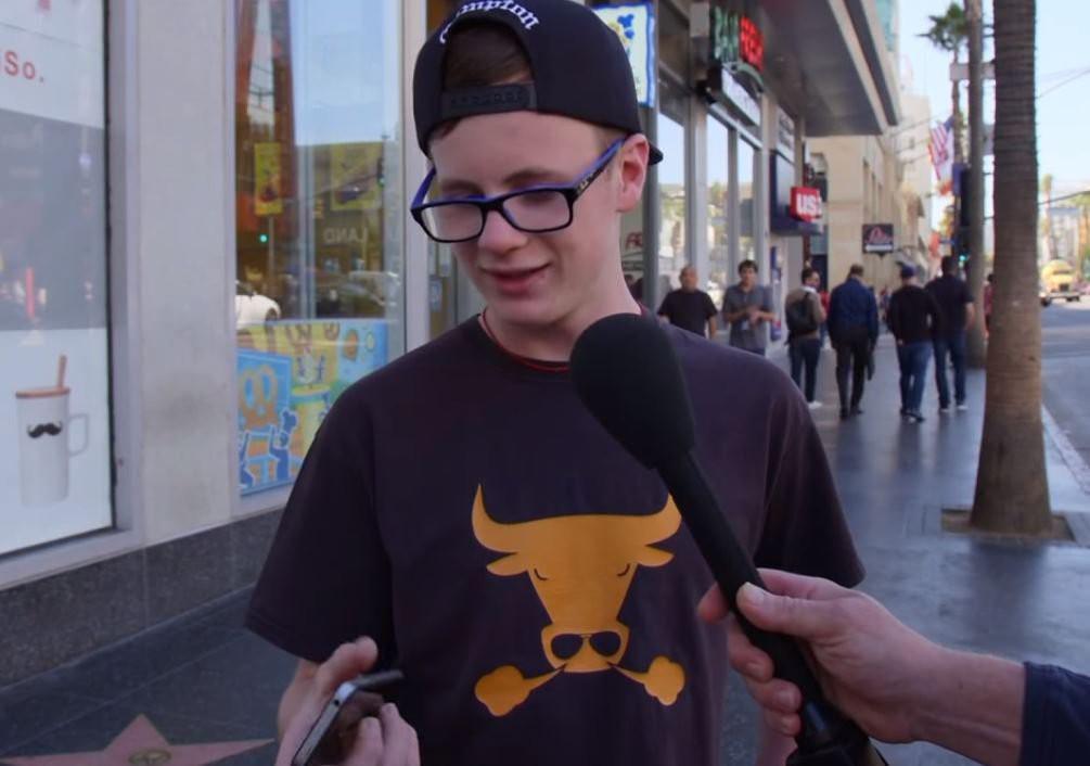Đem iPhone 4 ra lừa là iPhone X: Người Mỹ tin sái cổ, lên cả phỏng vấn truyền hình - Ảnh 2.