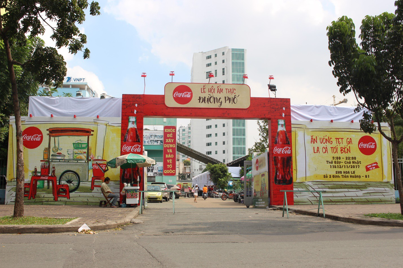 """Sẽ thế nào nếu cả hội """"Đói chưa nhỉ"""" càn quét lễ hội ẩm thực đường phố Coca-Cola? - Ảnh 2."""