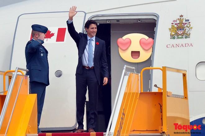Nhìn lại những khoảnh khắc ấn tượng của Thủ tướng Canada Justin Trudeau trong 4 ngày ở Việt Nam - Ảnh 1.