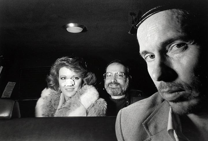 Suốt 30 năm, người tài xế taxi New York cần mẫn chụp ảnh và cho ra đời những tác phẩm kinh ngạc - Ảnh 6.