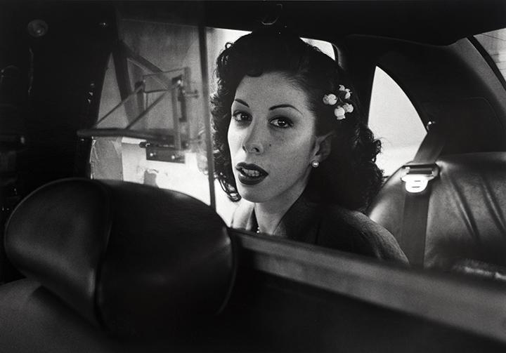 Suốt 30 năm, người tài xế taxi New York cần mẫn chụp ảnh và cho ra đời những tác phẩm kinh ngạc - Ảnh 8.