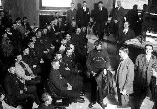 Hình ảnh hiếm có về tàu Titanic: Sự vĩ đại bao người mơ ước lại là thảm kịch không thể quên của thế kỷ 20 - Ảnh 10.