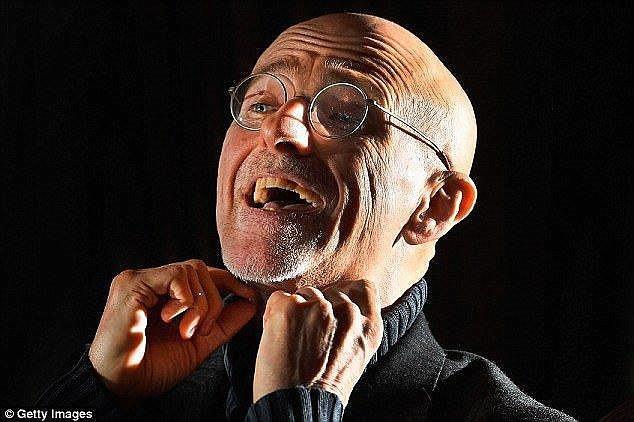Bác sĩ Ý tuyên bố ca ghép đầu người chấn động lịch sử đã xong khâu... diễn tập - Ảnh 1.
