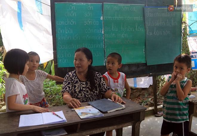 Bà giáo già 25 năm dạy học miễn phí, dùng lương hưu để chăm sóc những đứa trẻ nghèo như con ruột - Ảnh 8.