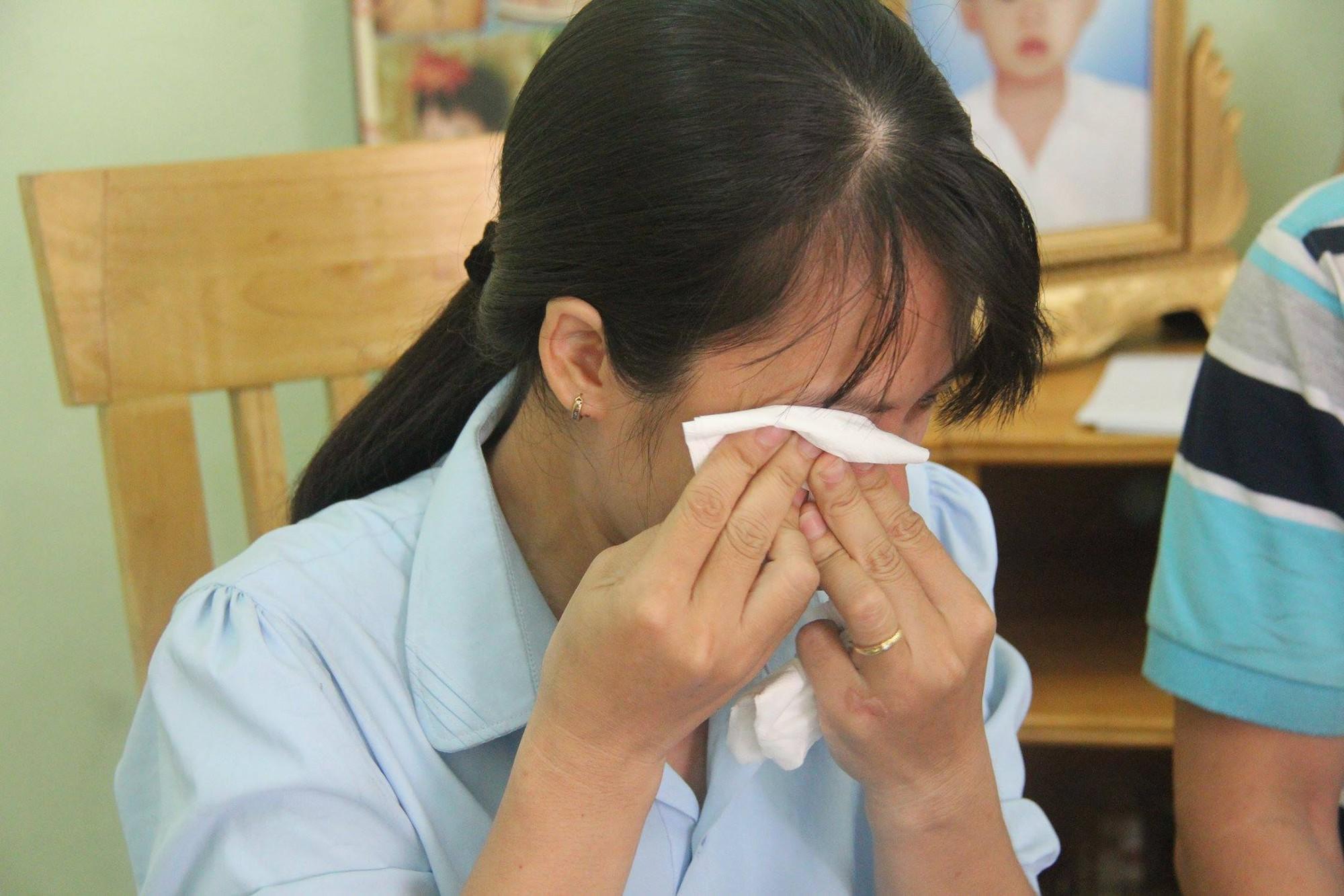 Người mẹ trẻ thương tật 53%, mất 2 đứa con gái sau tai nạn: Mỗi ngày tôi bới 4 chén cơm nhưng không thấy con đâu - Ảnh 4.