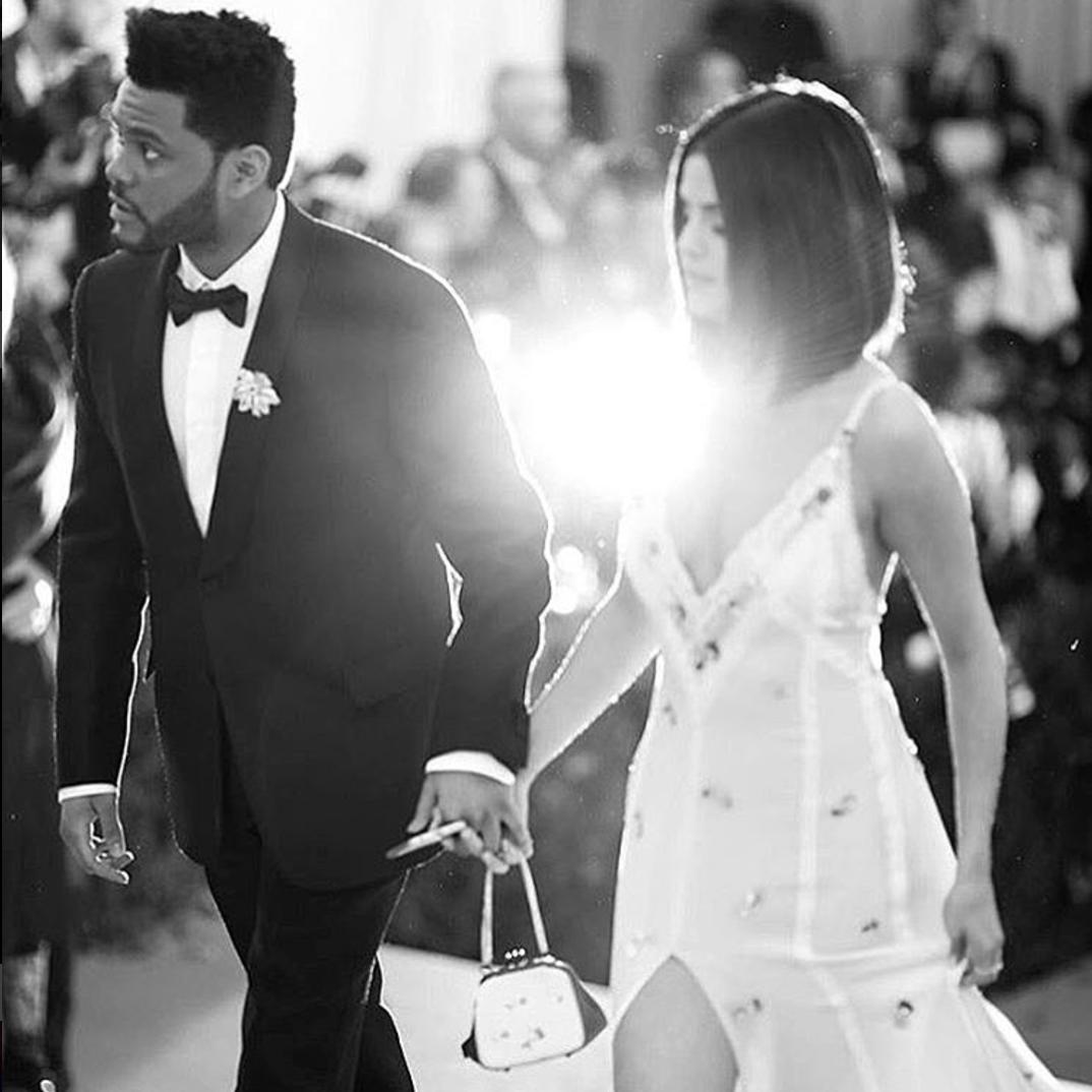 10 bức ảnh nhiều Like nhất Instagram: Toàn thấy Selena Gomez, Ronaldo và... trẻ con - Ảnh 4.
