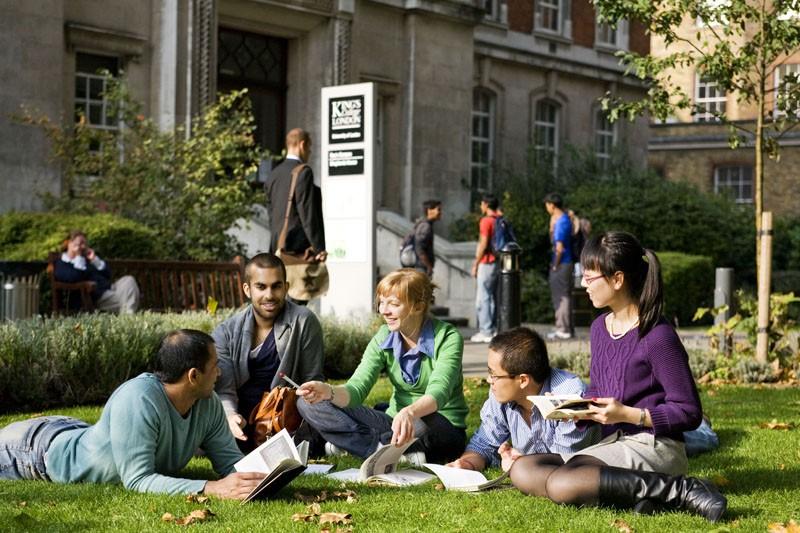 Mẹo quản lý thời gian đơn giản cho sinh viên đại học - Ảnh 2.