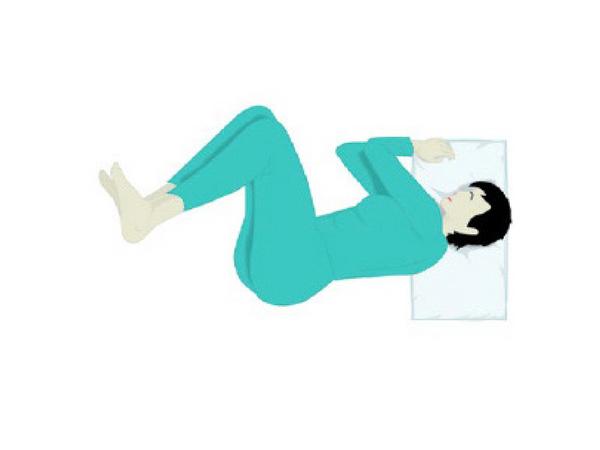6 tư thế ngủ bật mí tính cách và cảnh báo sức khỏe: Bạn là kiểu số mấy? - Ảnh 2.