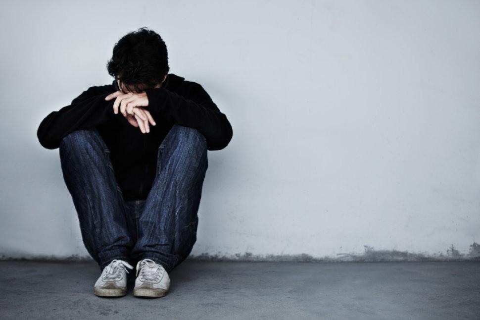 Hãy ngưng nói những lời này với người trầm cảm vì chúng sẽ đẩy họ trượt sâu vào ngõ cụt cuộc đời - Ảnh 2.