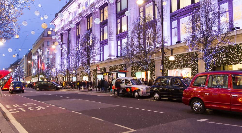 Không khí Giáng sinh ngập tràn trên toàn thế giới - Ảnh 12.