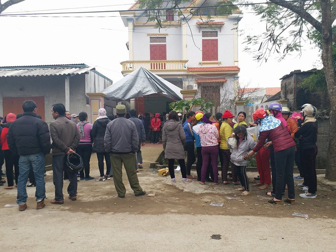 Vụ chồng giết vợ và 2 con ở Thanh Hóa: Hàng xóm nghe thấy tiếng trẻ con khóc - Ảnh 3.