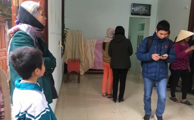 Vụ chồng giết vợ và 2 con ở Thanh Hóa: Hàng xóm nghe thấy tiếng trẻ con khóc - Ảnh 1.