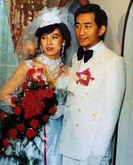 Mỹ nhân sát trai xứ Đài: Giàu nhờ lấy tỷ phú, về già bị tình trẻ kém 26 tuổi bạo hành dã man - Ảnh 2.