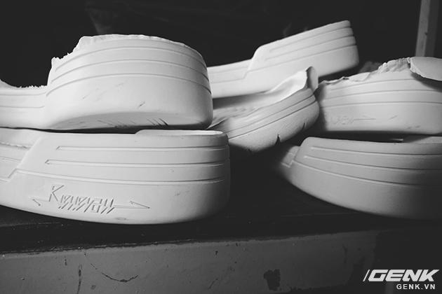Tự thiết kế, tự sản xuất giày thương hiệu riêng, chàng trai sinh năm 1993 mang khát vọng bảo vệ đôi chân Việt - Ảnh 11.