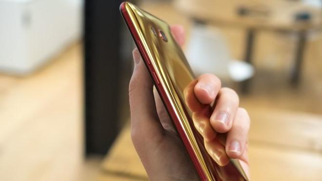 HTC U11 chính thức ra mắt, cho phép người dùng thao tác bằng cách bóp chặt - Ảnh 11.