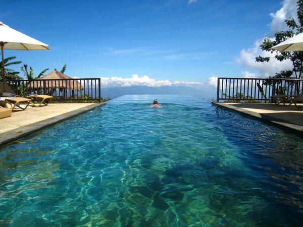 18 bể bơi sang chảnh khắp thế giới dành cho giới nhà giàu - Ảnh 17.