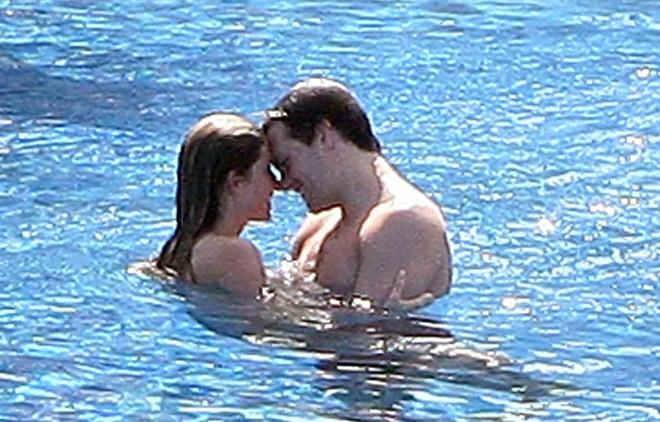 Cặp vợ chồng tỷ phú nắm tay nhau đến mùa quả ngọt kể về những yêu thương và sóng gió đã qua - Ảnh 11.