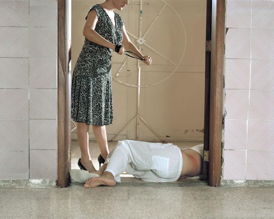 Thảm cảnh của những người đồng tính bên trong các trung tâm chữa bệnh bê đê - Ảnh 11.