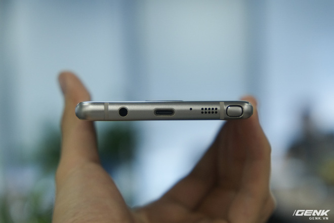 Mở hộp Galaxy Note Fan Edition (Note 7 FE) tại VN: Vẫn rất tốt, nhưng kém hấp dẫn với giá 16 triệu - Ảnh 12.