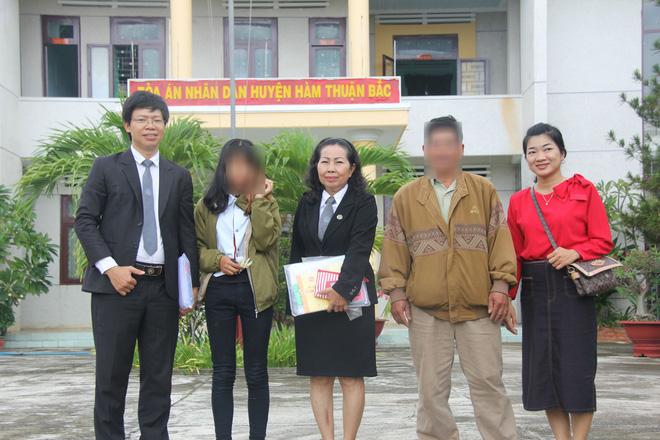 Nỗi ám ảnh của bé gái 16 tuổi có thai, em gái 13 tuổi bị bạn trai xâm hại trong đêm - Ảnh 12.
