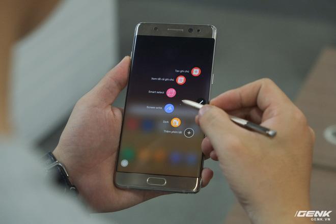 Mở hộp Galaxy Note Fan Edition (Note 7 FE) tại VN: Vẫn rất tốt, nhưng kém hấp dẫn với giá 16 triệu - Ảnh 13.