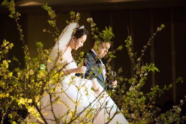 10 đám cưới Việt trong năm 2017 không phải của sao showbiz nhưng cực kỳ xa hoa khiến MXH nô nức chỉ dám nhìn không dám ước - Ảnh 13.