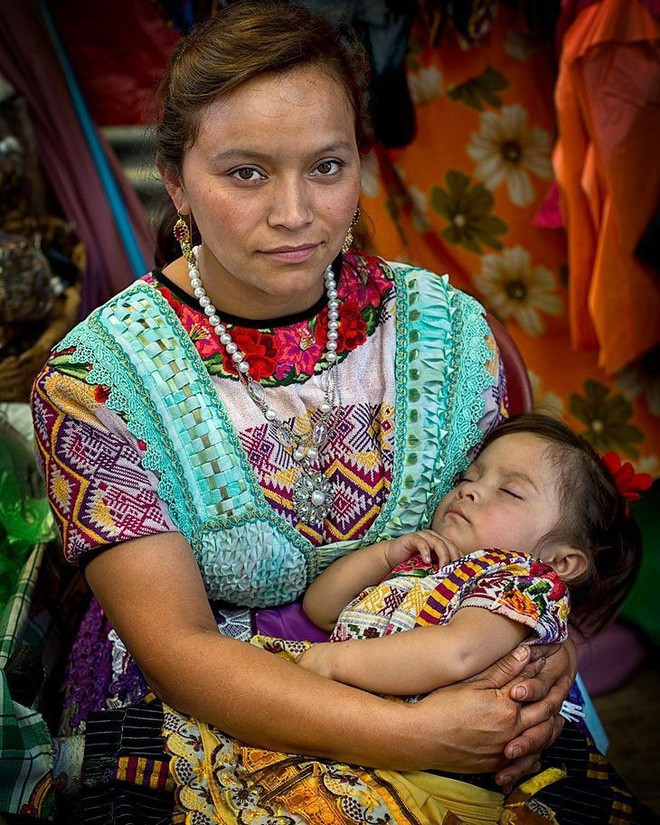 27 bức ảnh làm mẹ là nhiệm vụ quan trọng nhất trên thế gian đẹp nhất năm 2017 - Ảnh 13.