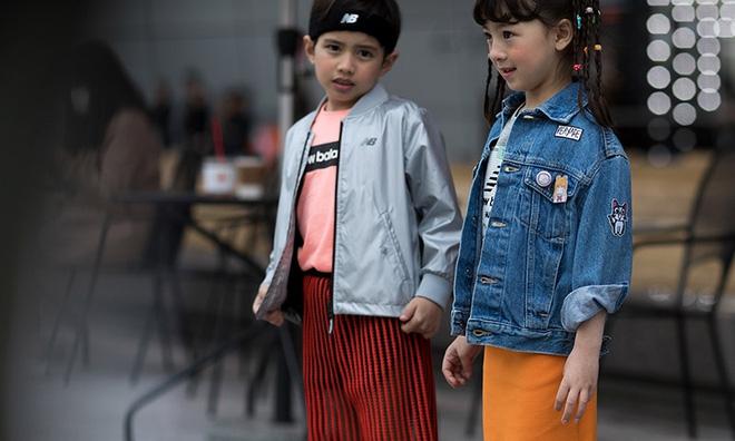 Ai là nhân vật đứng phía sau những nhóc tỳ sành điệu tại Tuần lễ thời trang Seoul? - Ảnh 14.