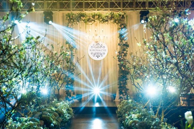 10 đám cưới Việt trong năm 2017 không phải của sao showbiz nhưng cực kỳ xa hoa khiến MXH nô nức chỉ dám nhìn không dám ước - Ảnh 14.