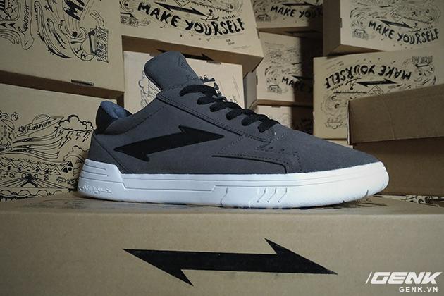 Tự thiết kế, tự sản xuất giày thương hiệu riêng, chàng trai sinh năm 1993 mang khát vọng bảo vệ đôi chân Việt - Ảnh 15.