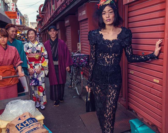 Dolce & Gabbana bị cư dân Trung Quốc chỉ trích vì bôi xấu hình ảnh quốc gia trong loạt hình mới nhất - Ảnh 16.