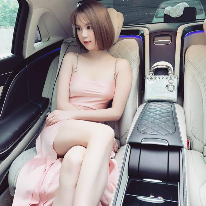 Năm 2017, Ngọc Trinh tuột dốc về cả nhan sắc lẫn phong cách thời trang - Ảnh 16.