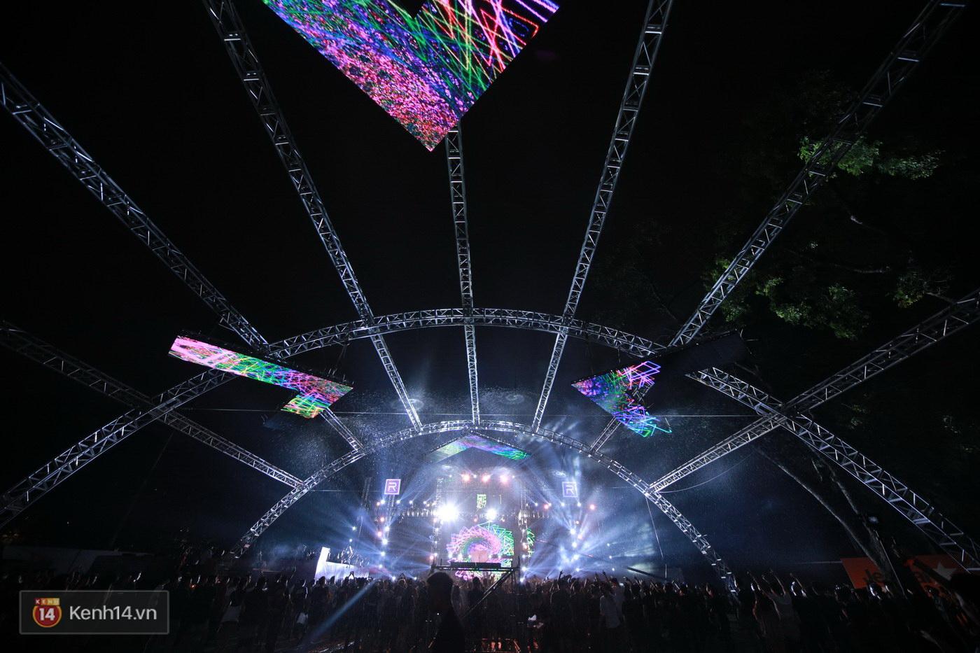 Khán giả Hà Nội vỡ oà trong bữa tiệc Future House cùng DJ Top 15 thế giới Don Diablo - Ảnh 18.