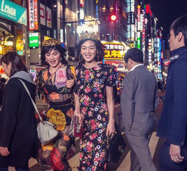 Dolce & Gabbana bị cư dân Trung Quốc chỉ trích vì bôi xấu hình ảnh quốc gia trong loạt hình mới nhất - Ảnh 18.