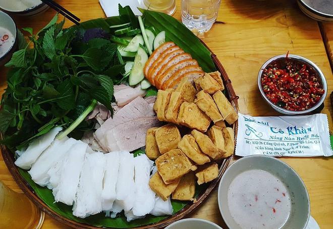 4 quán ăn bình dân vừa ngon, vừa dễ đụng người nổi tiếng ở Sài Gòn - Ảnh 19.