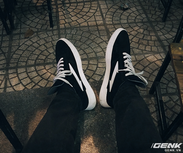 Tự thiết kế, tự sản xuất giày thương hiệu riêng, chàng trai sinh năm 1993 mang khát vọng bảo vệ đôi chân Việt - Ảnh 20.